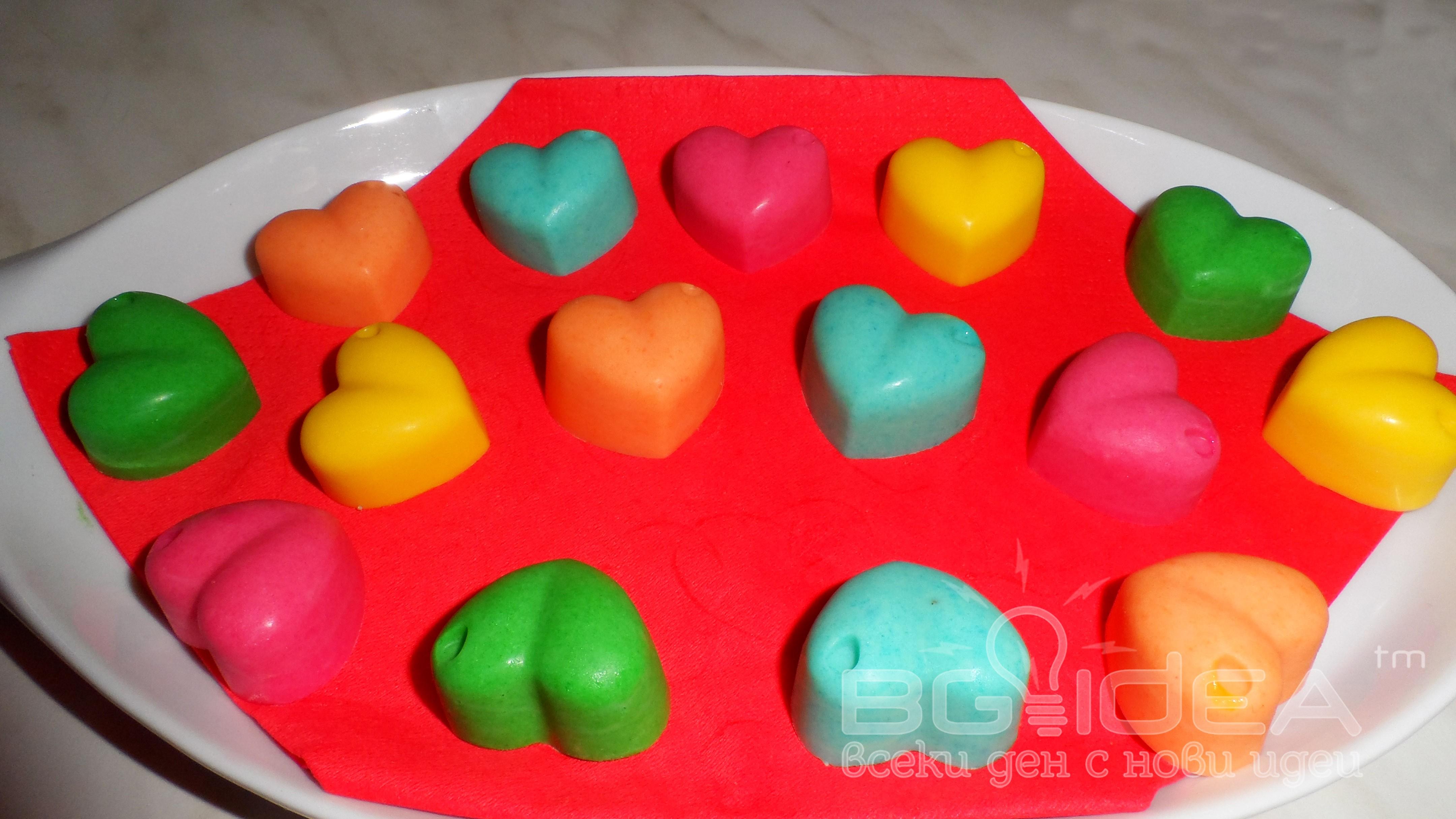 Цветни шоколадовни бонбони